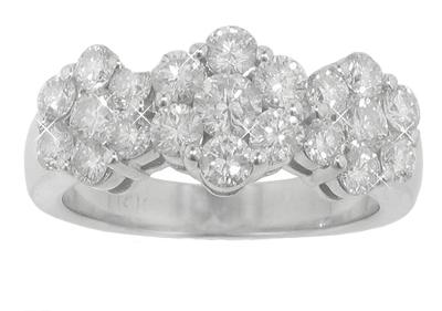 2.25 ct TW Round Cut Diamond Anniversary Ring