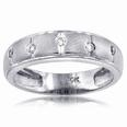0.25 Ct. TW Men's Round Cut Diamond Wedding Band